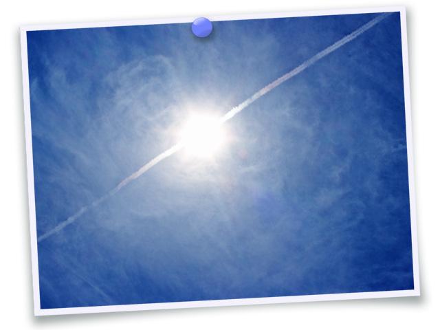 空026(太陽と飛行機雲/フォト風)