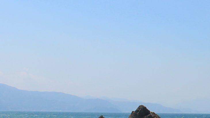 晴れ渡った穏やかな海の写真画像(P047)